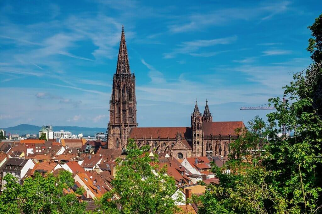 Omnibus Lotter Programm 2021 - Schwarzwälder Impressionen und Elsässische Weinstraße
